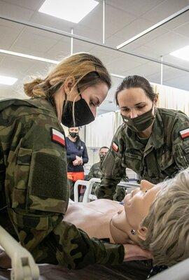 Kurs opieki nad pacjentem leżącym.jpg