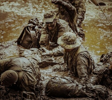Zachodniopomorscy terytorialsi podczas szkolenia SERE-B
