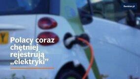 """Polacy coraz chętniej rejestrują """"elektryki"""". Subskrybuj kanał Bankier.pl: https://www.youtube.com/user/bankierTV?sub_confirmation=1 ↓↓ Więcej Informacji ↓↓  Polacy zarejestrowali w maju 248 samochodów elektrycznych, dzięki czemu ich liczba na polskich drogach wzrosła do 5889. Choć statystyki te nie powalają na kolana, to cieszyć może tempo wzrostu. W pierwszych pięciu miesiącach roku w Polsce zarejestrowano 1633 """"elektryki"""" – dwa razy więcej niż w analogicznym okresie ubiegłego roku – wynika z danych Polskiego Związku Przemysłu Motoryzacyjnego i Polskiego Stowarzyszenia Paliw Alternatywnych.  Chcesz wiedzieć więcej zajrzyj na https://www.bankier.pl/  Zapraszamy na nasze inne kanały mediów społecznościowych: Instargram: https://www.instagram.com/bankier.pl/ Facebook: https://www.facebook.com/Bankierpl/ Twitter: https://twitter.com/bankier_pl"""
