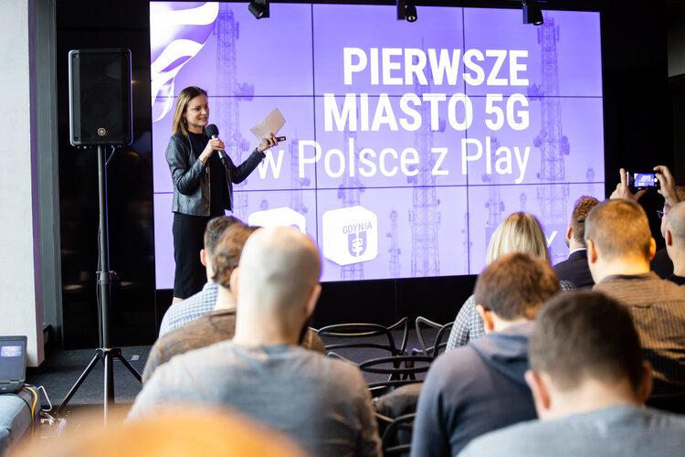 Play_Małgorzata Zakrzewska.jpg