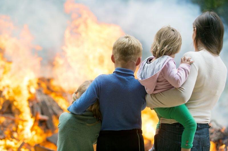 Ponad-125-tysięcy-pożarów-w-2017-r.-–-jak-zabezpieczyć-dom-przed-żywiołem