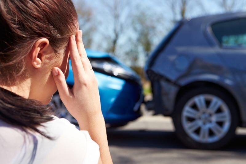 Samochodem-na-święta-długi-weekend-wakacje-–-jak-zabezpieczyć-się-na-wypadek-nieprzewidzianych-sytua