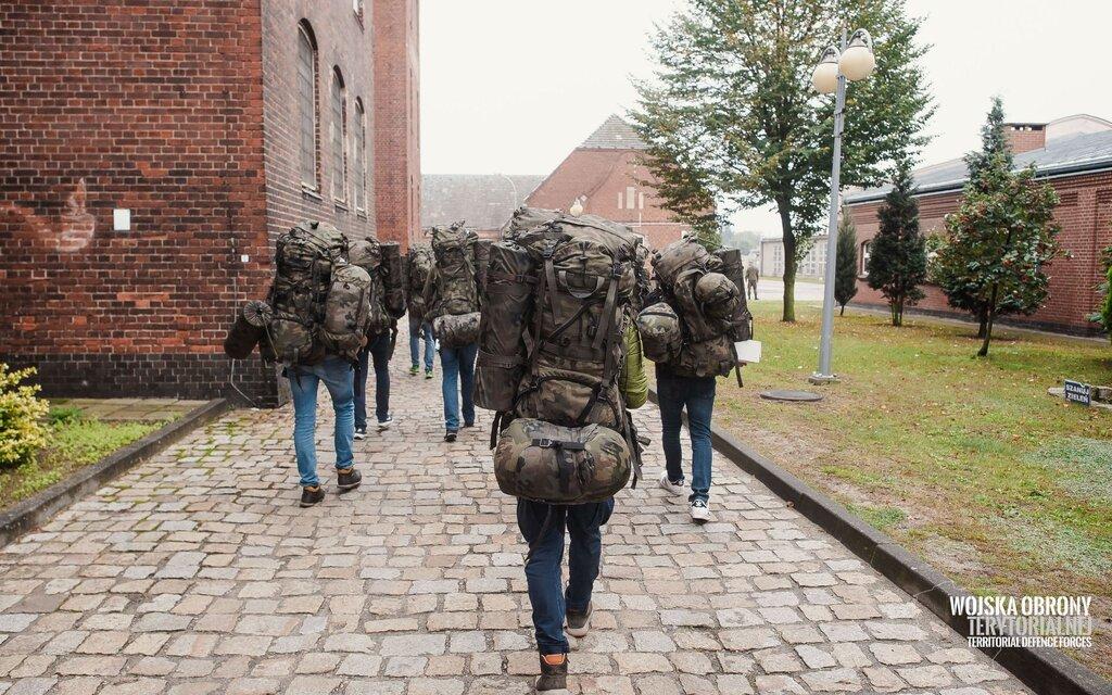 Leszno: powołanie nowych ochotników do służby