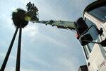 Pisklęta wracają do gniazda - Obrączkowanie bocianów białych w ramach programu Energetyczni Obrączkarze Grupy ENERGA  (Goszyn k. Straszyna, woj. pomorskie)