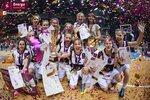 Ceremonia dekoracji zwycięzców Energa Basket Cup 2015 (2).jpg