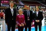 Ceremonia dekoracji zwycięzców Energa Basket Cup 2015 (5).jpg