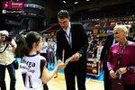 Ceremonia dekoracji zwycięzców Energa Basket Cup 2015 (7).jpg