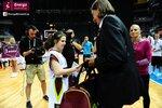 Ceremonia dekoracji zwycięzców Energa Basket Cup 2015 (9).jpg