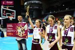 Ceremonia dekoracji zwycięzców Energa Basket Cup 2015 (19).jpg