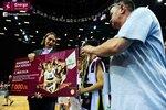 Ceremonia dekoracji zwycięzców Energa Basket Cup 2015 (31).jpg