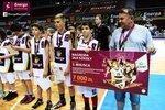Ceremonia dekoracji zwycięzców Energa Basket Cup 2015 (32).jpg