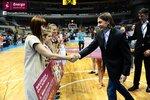 Ceremonia dekoracji zwycięzców Energa Basket Cup 2015 (38).jpg