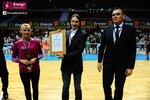 Ceremonia dekoracji zwycięzców Energa Basket Cup 2015 (48).jpg