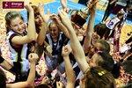 Ceremonia dekoracji zwycięzców Energa Basket Cup 2015 (62).jpg