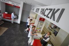 Poczta Polska: już prawie milion transakcji kartami w placówkach pocztowych