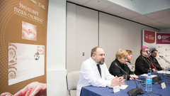 """""""Światowy Dzień Chorego"""" na znaczku Poczty Polskiej"""