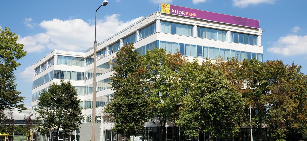 Alior Bank consolidates its head office and renews its lease at Łopuszańska Business Park in Warsaw