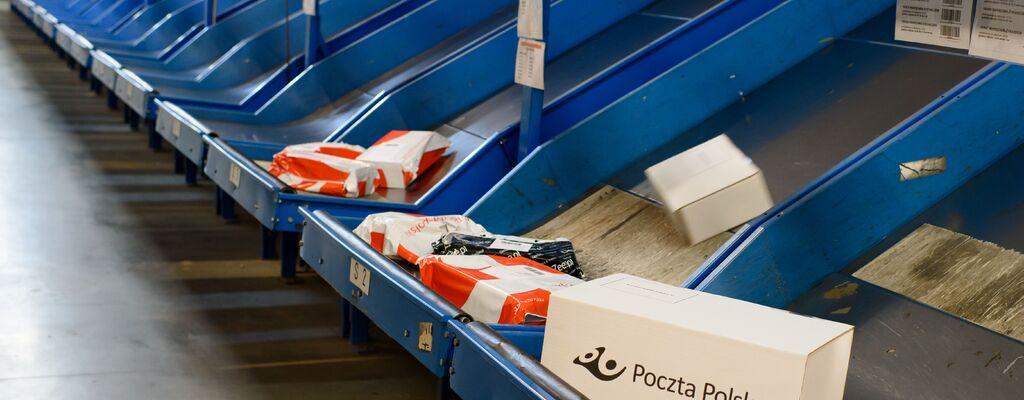 Poczta Polska włącza do obsługi przesyłek z zagranicy dodatkową sortownię
