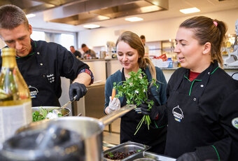 Nowe warsztaty kulinarne, barmańskie i baristyczne  dla branży HoReCa w Akademii Inspiracji MAKRO