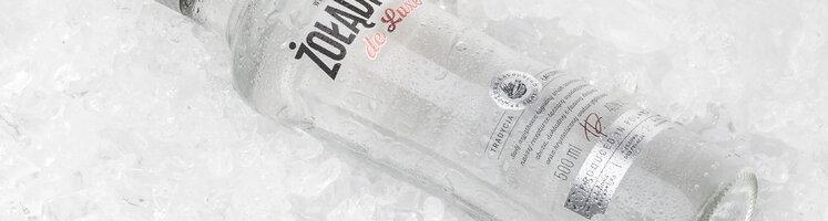 Nowa Lagodna Zoladkowa de Luxe z lodem (2).tif
