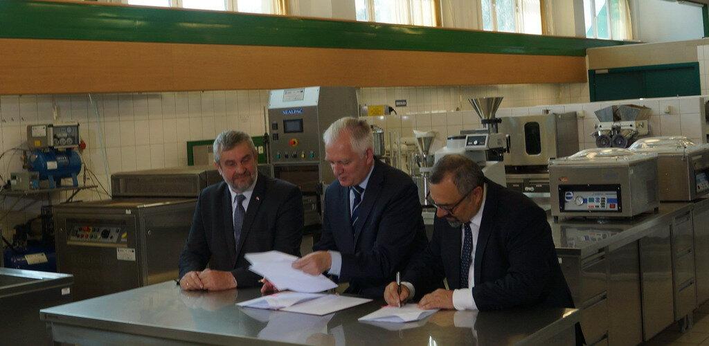 W SGGW powstanie Innowacyjne Centrum Nauk Żywieniowych