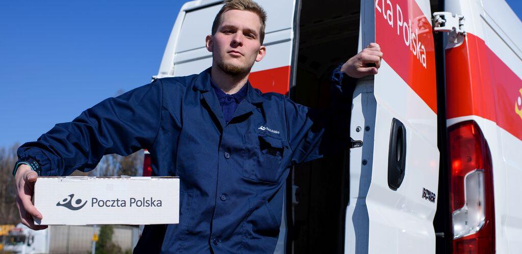 Poczta Polska odnotowuje rekordowy wzrost sprzedaży usług kurierskich