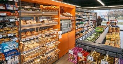 13 nowych sklepów i nowi partnerzy - Carrefour rozwija współpracę z właścicielami stacji paliw