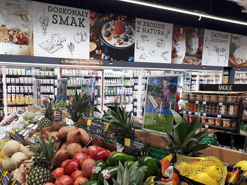 Carrefour w Centrum Handlowym Skorosze