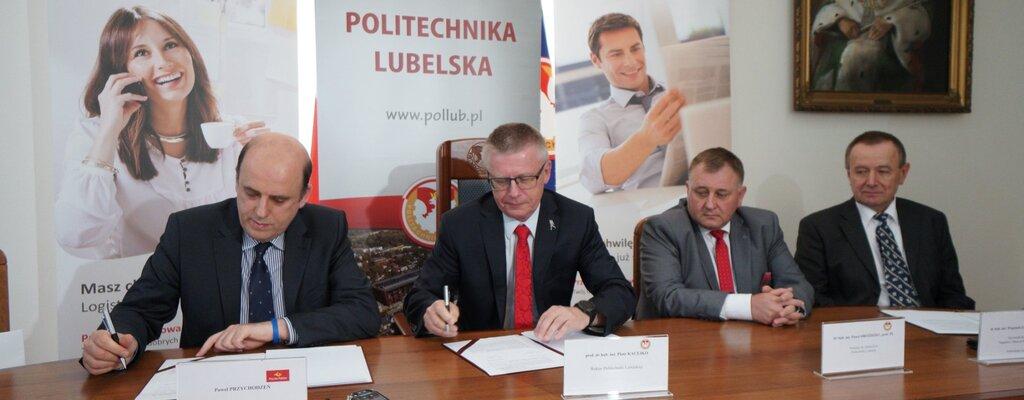 Poczta Polska z Politechniką Lubelską stworzą projekt instalacji fotowoltaicznej dla lubelskiej sortowni