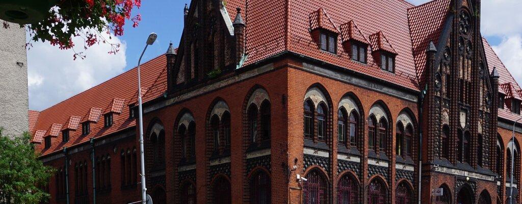 Poczta Polska chce wyremontować w tym roku ponad 60 zabytkowych nieruchomości