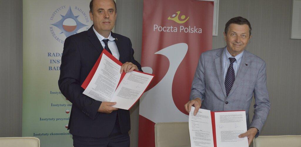 Poczta Polska wspólnie z Radą Główną Instytutów Badawczych na rzecz elektromobilności