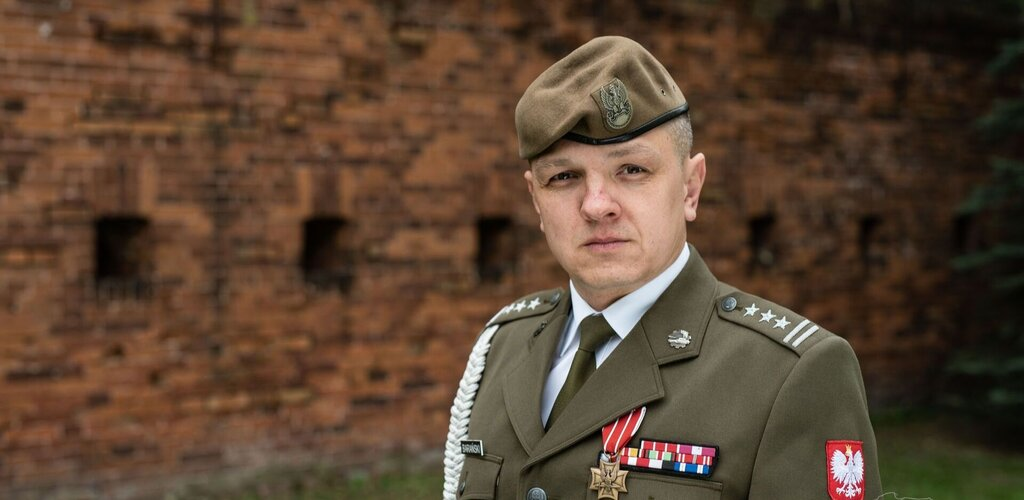 Dowódca 16 Dolnośląskiej Brygady Obrony Terytorialnej - płk Artur BARAŃSKI
