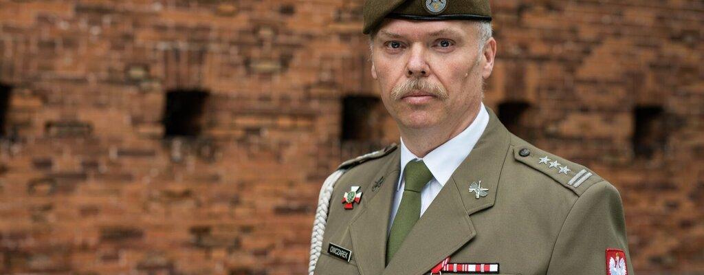Dowódca 6 Mazowieckiej Brygady Obrony Terytorialnej – płk Przemysław OWCZAREK
