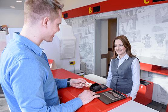 Poczta Polska: Nagrody dla 2 tysięcy zasłużonych pracowników