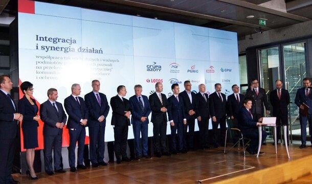 Los campeones unen sus fuerzas para construir la imagen de la economía polaca