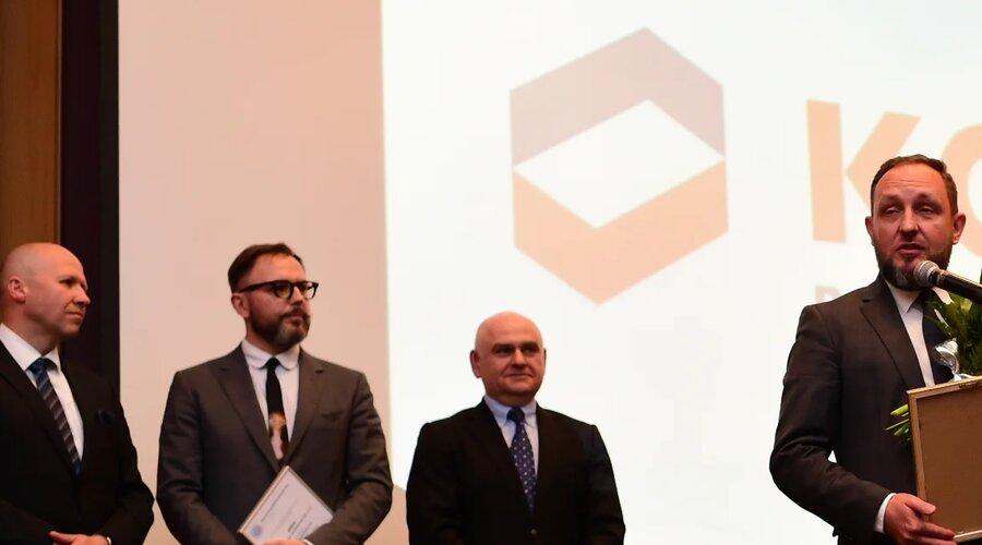 """Premio """"Col de Bruselas de Cristal"""" 2016 para KGHM"""