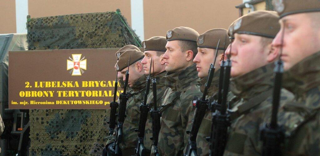 Kolejne przysięgi żołnierzy WOT, formacja liczy już ponad 24 tys. żołnierzy.