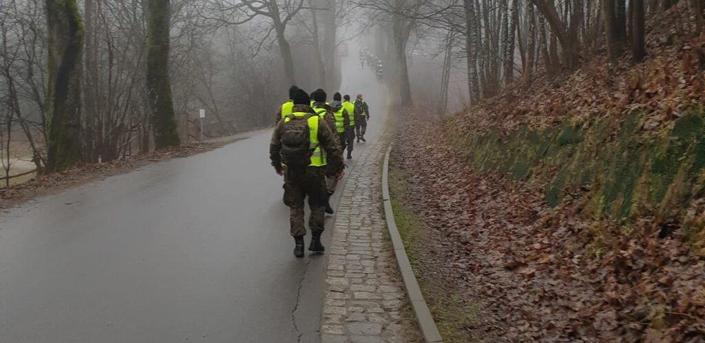 Żołnierze WOT szukają pilota śmigłowca