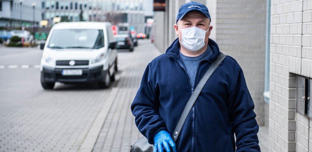 Poczta Polska docenia pracowników wypełniających obowiązki służbowe podczas epidemii