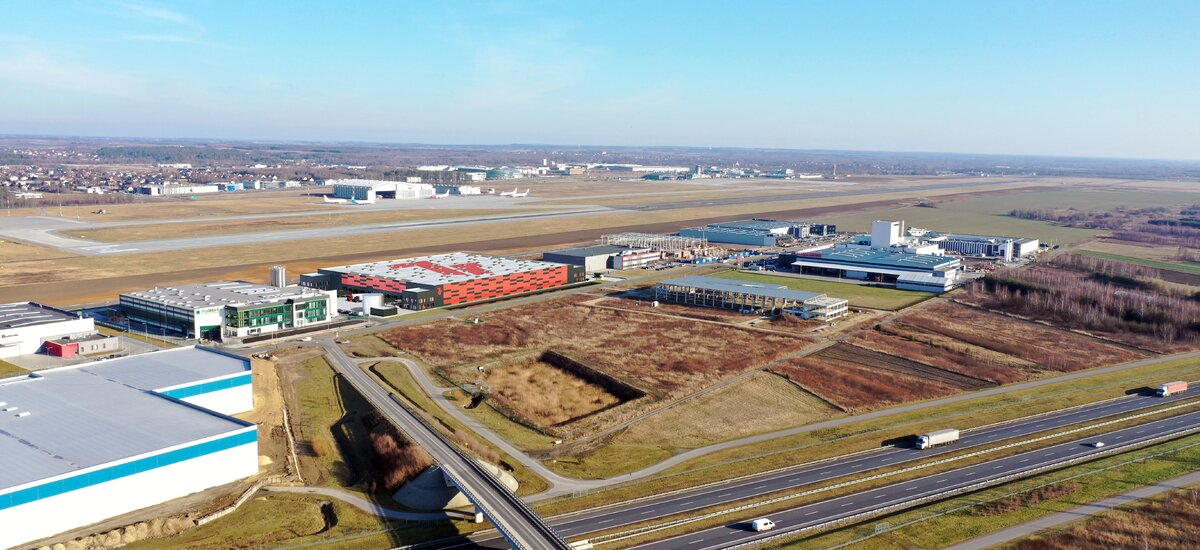 Euro-net leases space in 7R City Flex Rzeszów Airport I