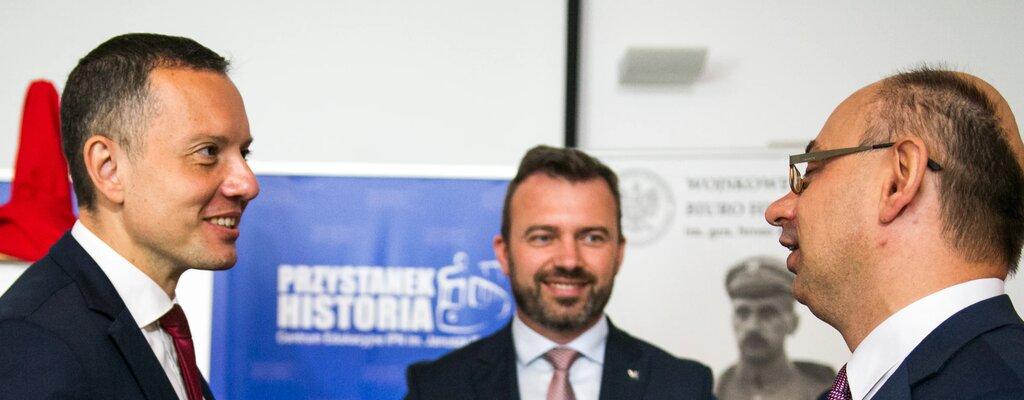 Poczta Polska: znaczek poświęcony genialnemu kryptologowi Janowi Kowalewskiemu
