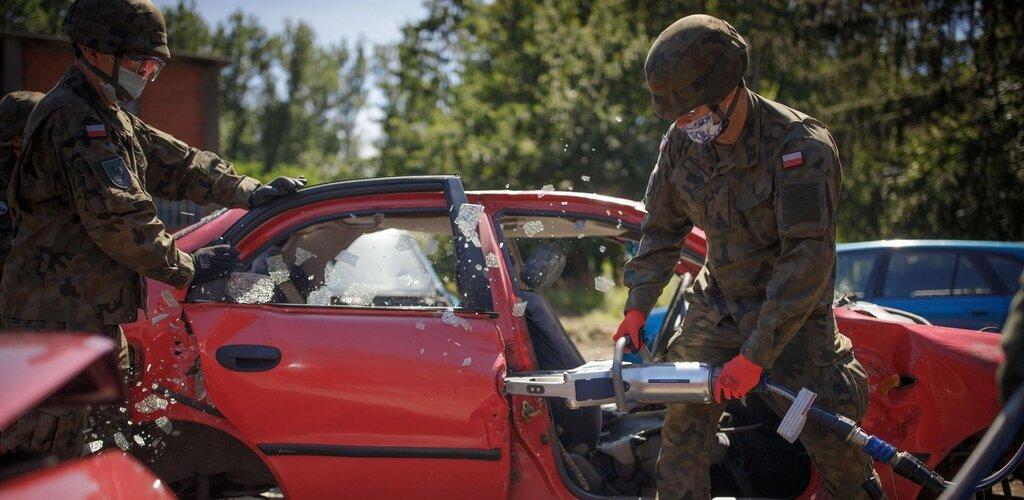 Terytorialsi ćwiczyli jak ratować ofiary wypadków drogowych