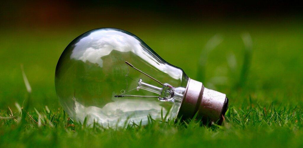 Polacy chcą zmiany na zieloną energię. Dlaczego nadal króluje węgiel?