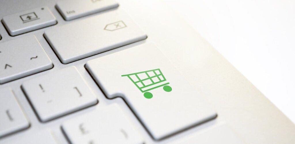 Na Pomorzu zakupy pierwszej potrzeby coraz częściej robione są przez Internet