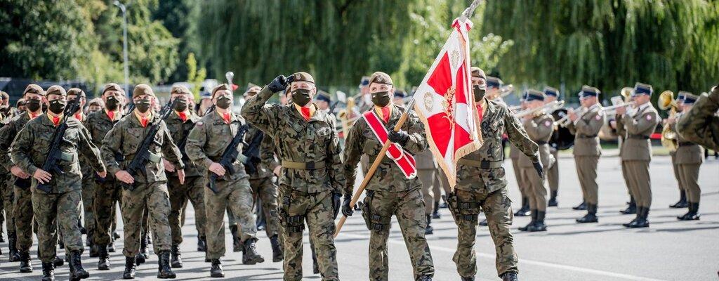 Sztandar wojskowy dla 9 Łódzkiej Brygady OT