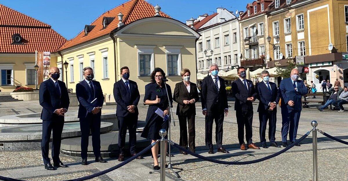 Białystok: prezydenci największych polskich miast o finansach samorządów