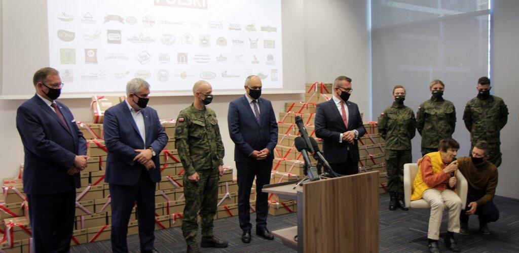 Żołnierze WOT będą dystrybuować paczki dla Powstańców Warszawskich