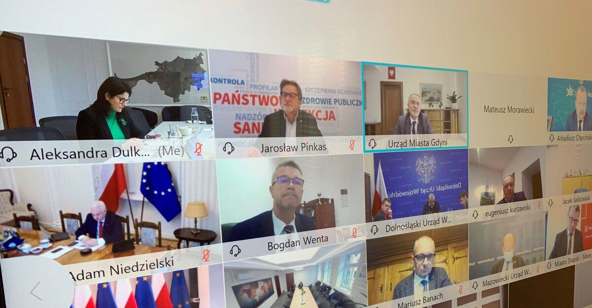 Spotkanie premiera Mateusza Morawieckiego z prezydentami miast