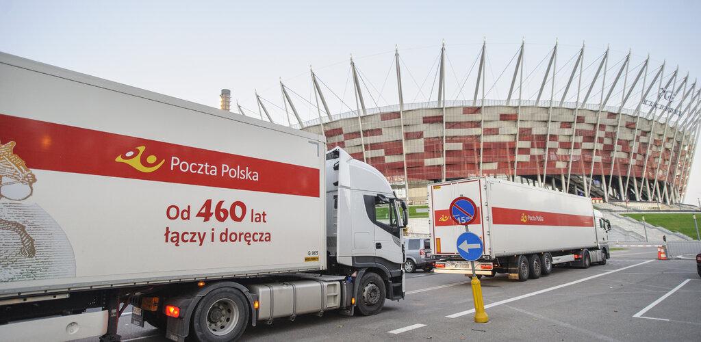 Poczta Polska wspiera budowę szpitala tymczasowego na Stadionie Narodowym
