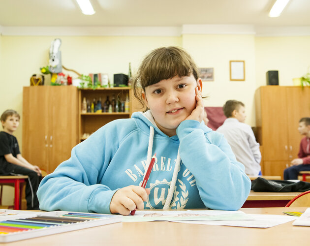 Uczniowie z całej Polski piszą ręcznie listy w imieniu Świętego Mikołaja